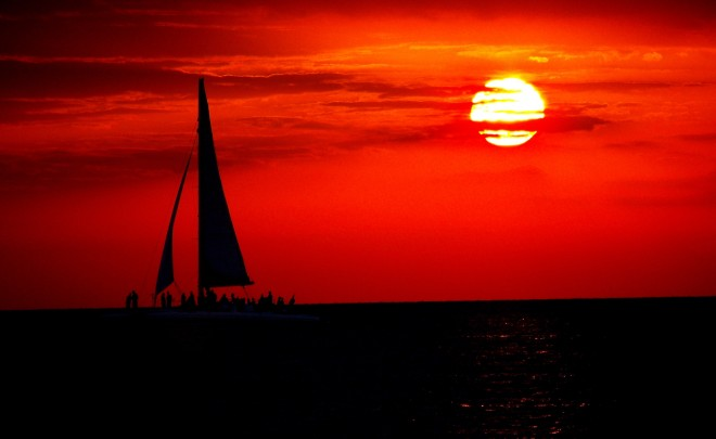 file0001724722744-sailboat at sunset